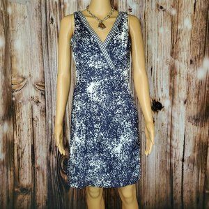 Blue Sage Floral Navy and White Sleeveless Dress 4